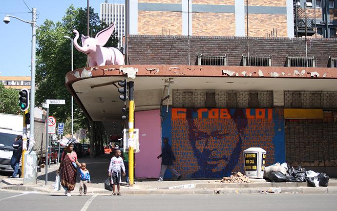 © Na Ku Randza, 2011. Eine Projektreihe vom Center for Historical Reenactments, Johannesburg, Foto: Sanele Manqele