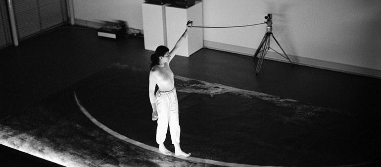 Rosenbach Die Einsame Spaziergängerin, Performancefoto, 1979